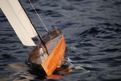 rc model sailboat 33