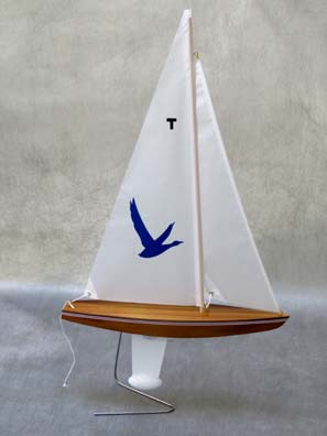 toy model sailboat 13